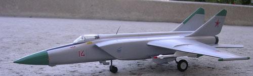 # mp119b            Mig-25 4