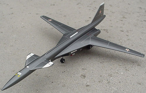 # sp300            T-4M Sukhoi X-bomber project 1